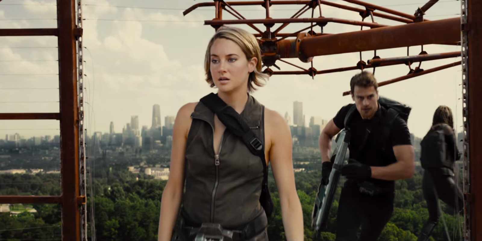 The Divergent Series : Allegiant Official Trailer